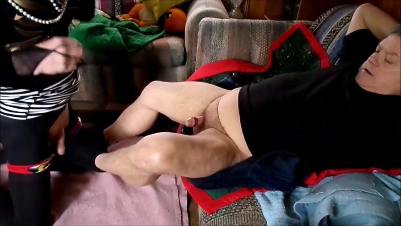 TAMMY FELLATRIX SERVICES A GAY FAGGOT Hidden cam sex afghan doctor