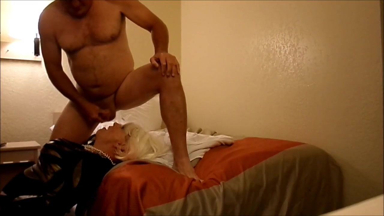 TAMMY FELLATRIX IN MOTEL WHORE VOLUME VII identity for young adults