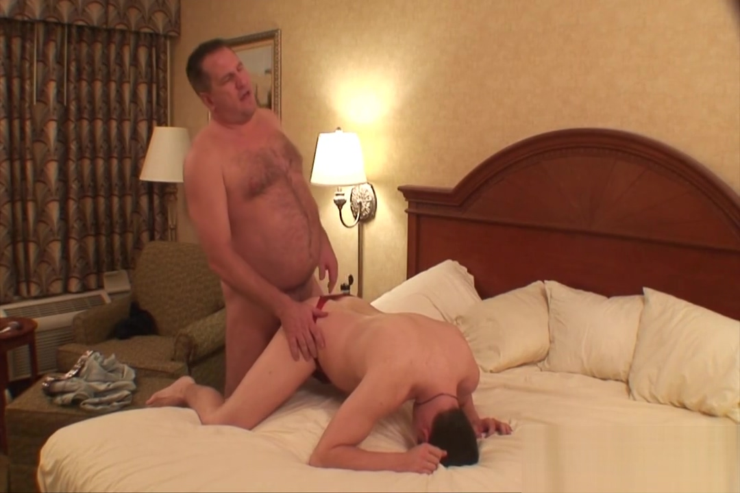 Daddy fucks Hallway raw Best amature sex pics