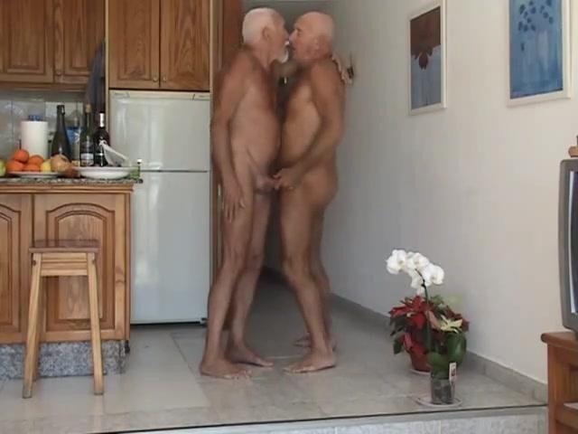Paraiso Maspalomas Hot milf loves the cocks