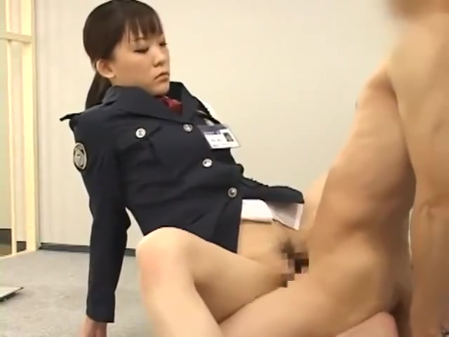 Japanese Police Woman Fucks Inmate have sex with woman