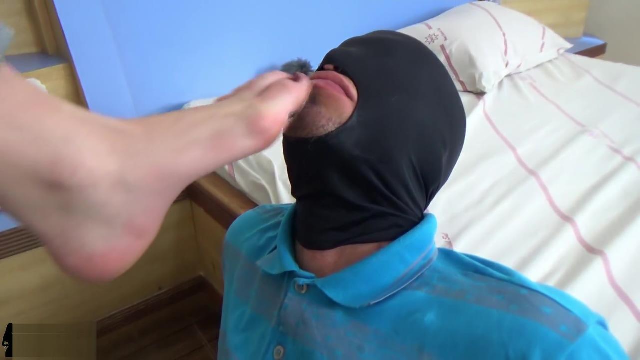 Best Foot Gag Blog feet and male masturbation