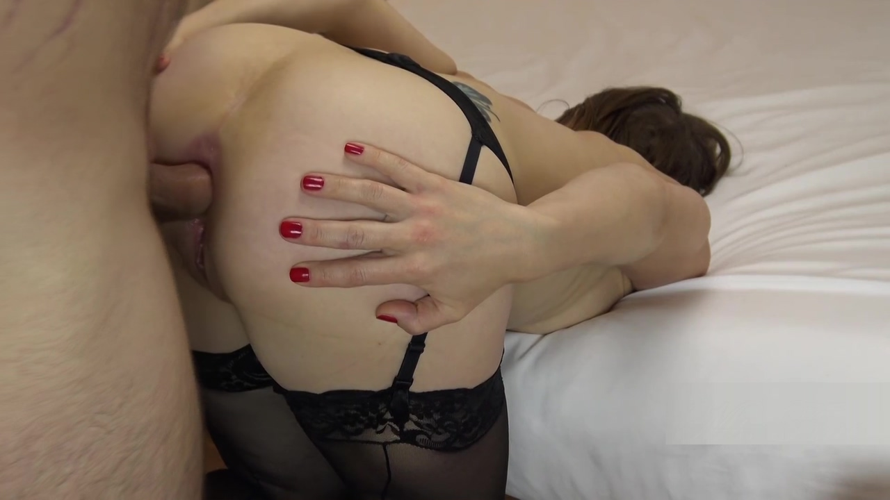 Introducing Ms Fine! I Spread My Hot Wife's Ass For Your Anal Gaping Needs!