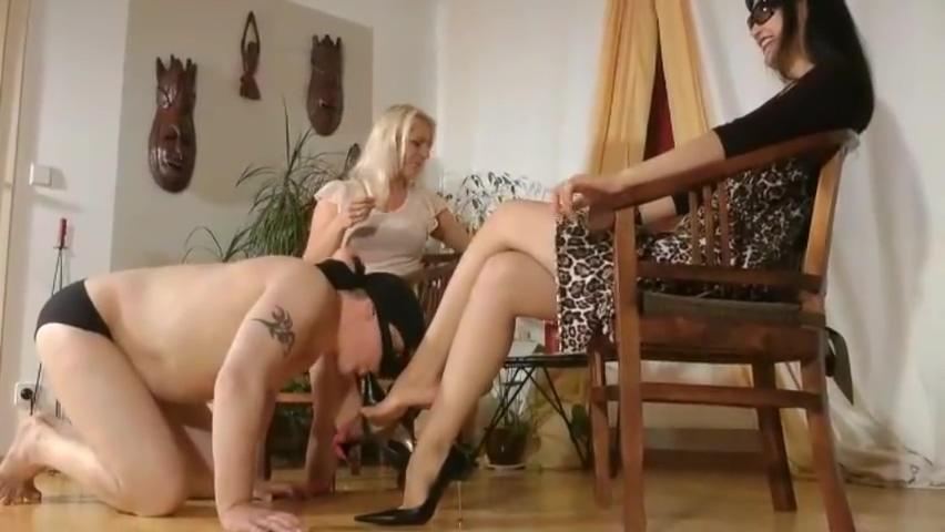 leyla and friends slave 3d Porn Sex Games