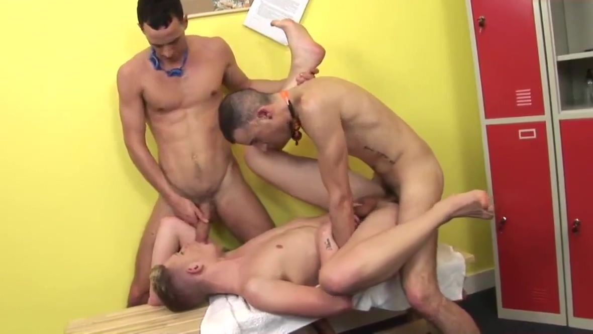 sexy three twinks in locker room cartoon sex comics in hindi