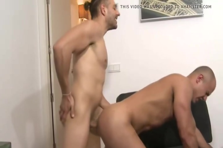 Two hunks with massive dicks bareback small penis free tubes look excite and delight small penis 3