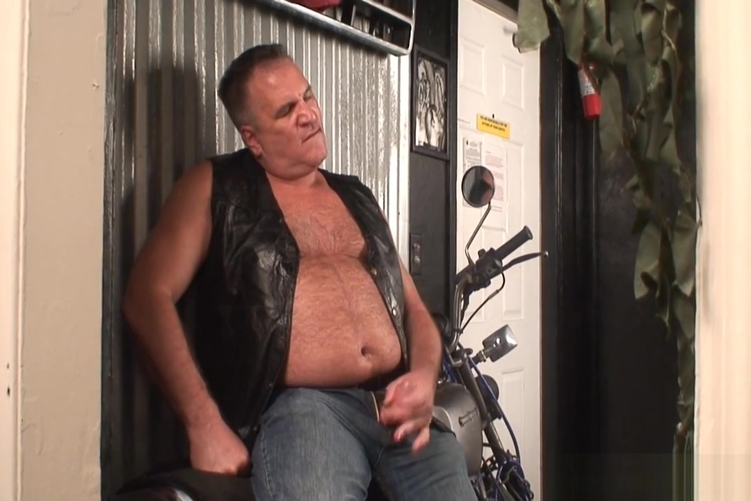 Daddy jerks off by his motorcycle Japan Tall Girl Creampie Vs Bbc