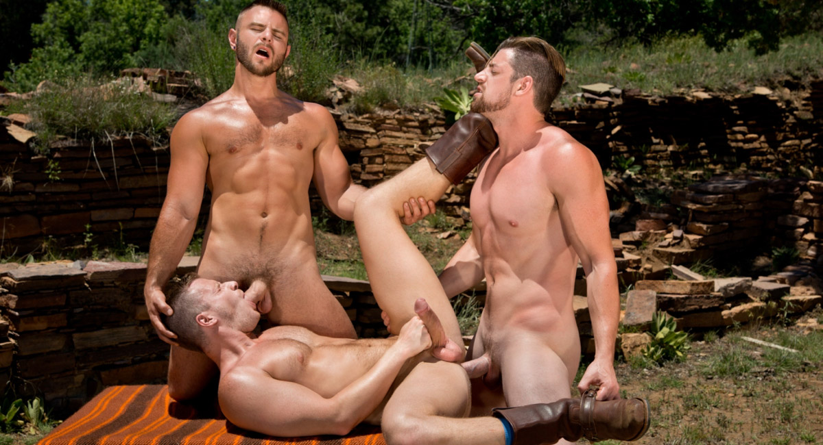 Brian Bonds & Nick Sterling & Andrew Stark in Total Exposure 2 Video i am crush on you