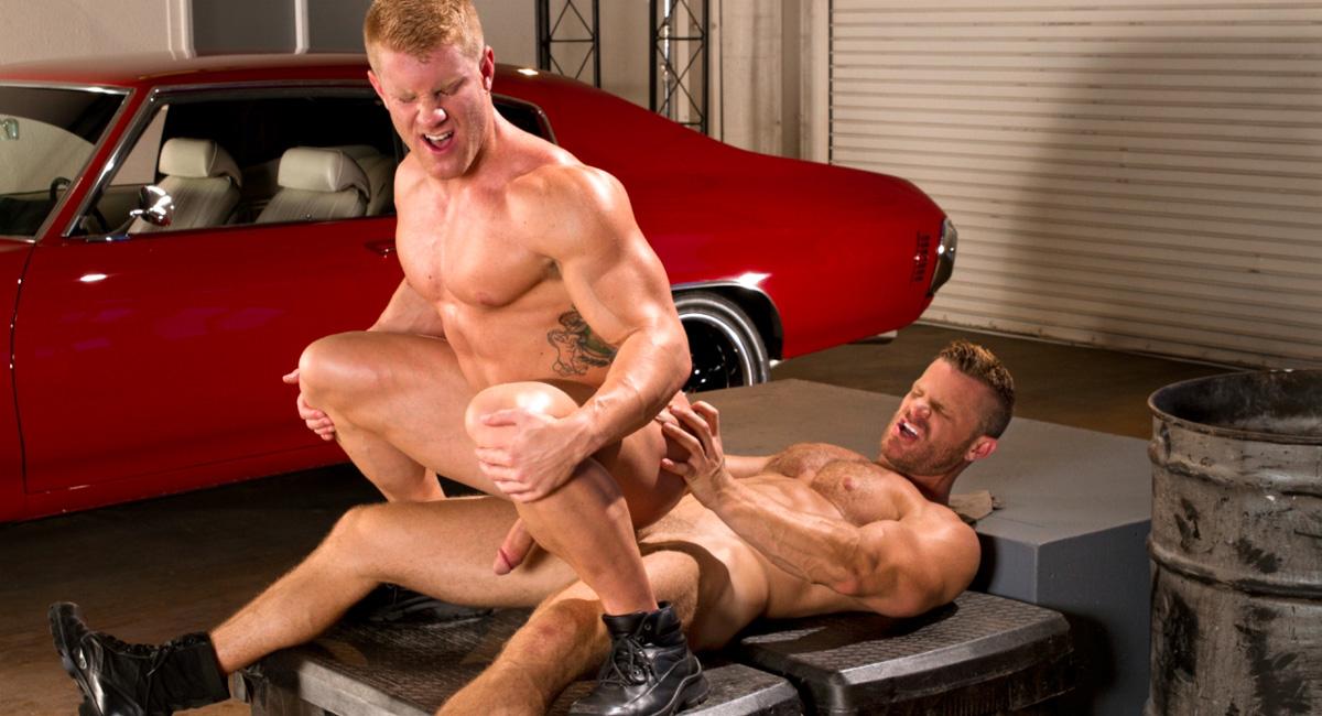 Landon Conrad & Johnny V in Auto Erotic, Part 1 Video Flicka fitta ring