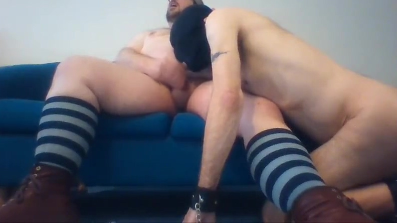 Chubby bear master Bareboots gets fat cock sucked by slave Hairy big ass pics