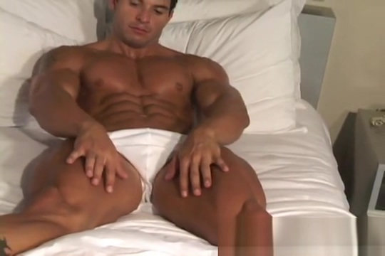 Muscle Hunks - Tony DaVinci - The Exhibitionist Part 2 Free live cams no registration
