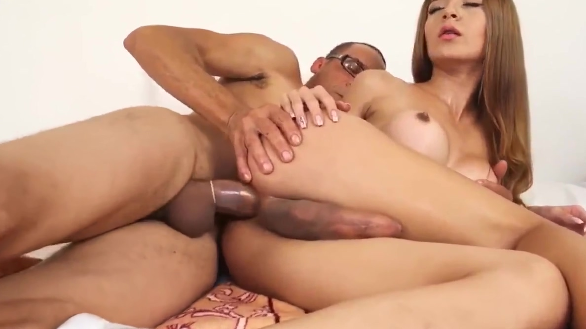 Cool Shemale Music Show Fuck My Latina Wife