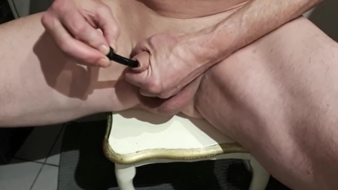 Ballstretching, sounding and cumming Justin Slaver