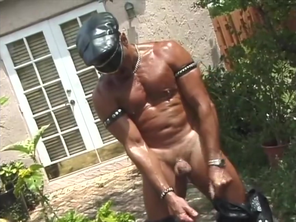 leather muscle dad jerking off Solo saggy tits
