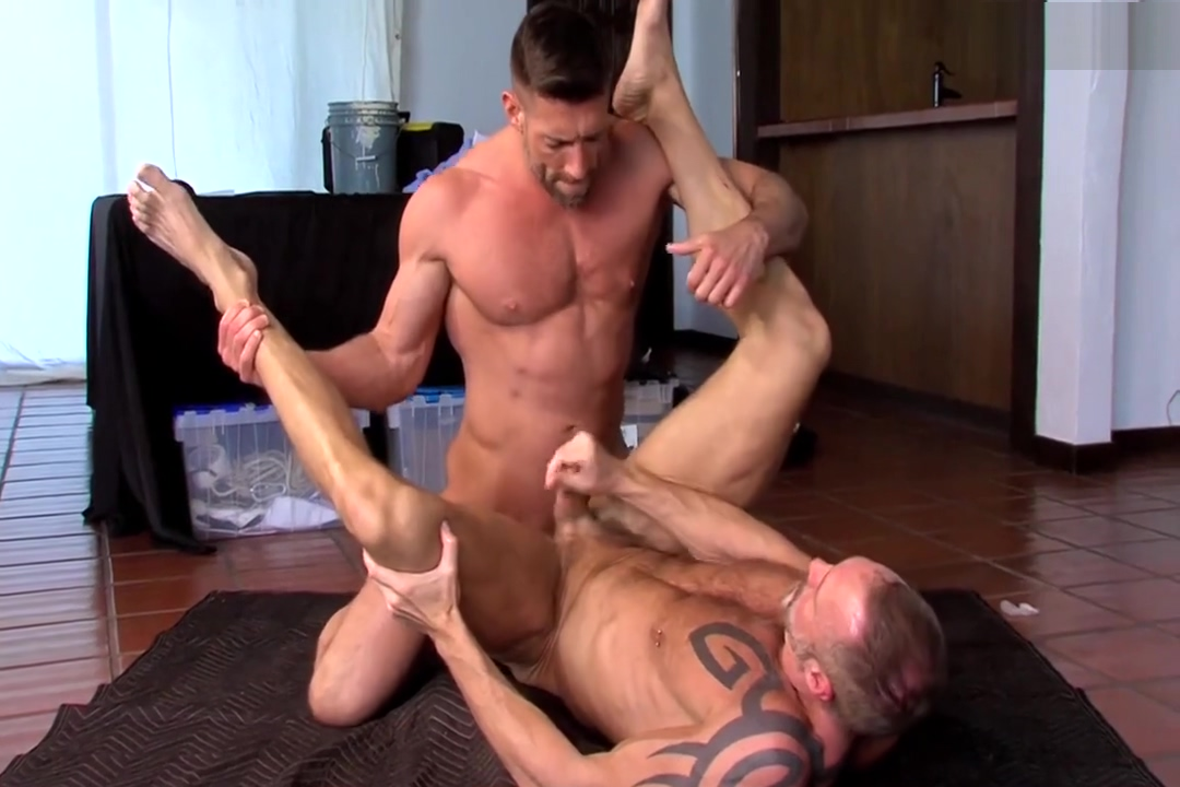 Dallas Steele Bruce Beckham Grey stocking sex