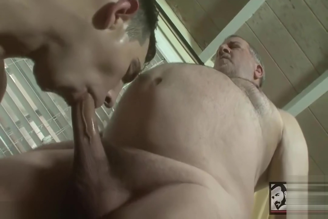 Luciano fucks The0 Gardener fucks wife while husband gone