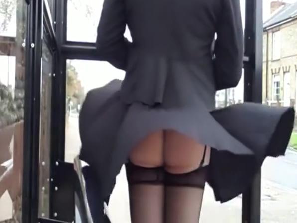 WIND UPSKIRT - saf Diaper fetish fantasies