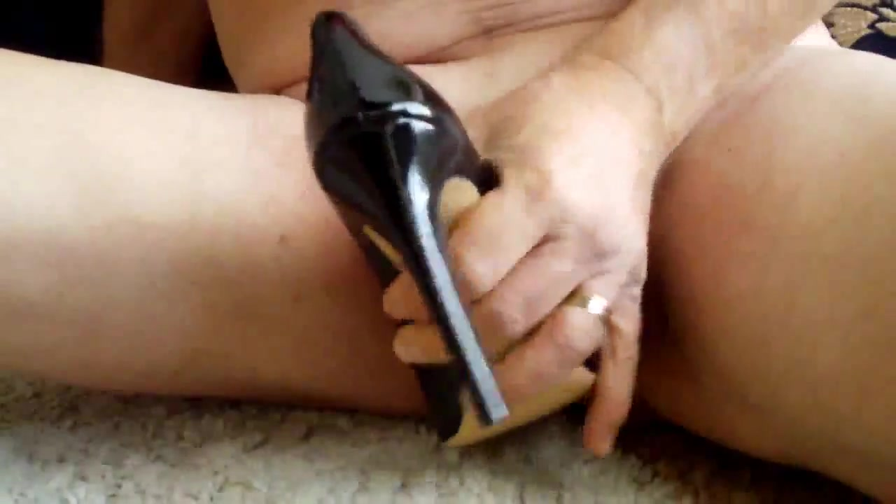Fucking sexy hot black pump shoes - gift for my wife How to know when a relationship needs to end