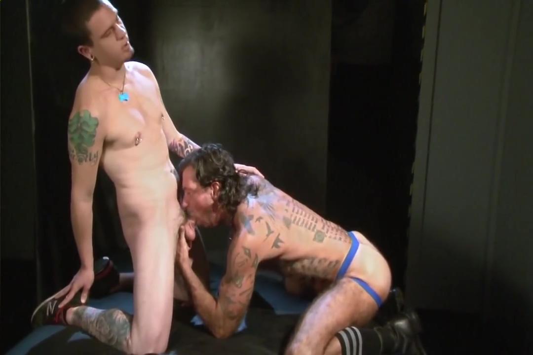 Ray Dalton fucks Rowdy McBeal Wild dhemale orgies
