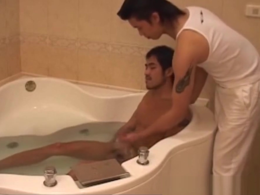 Sexy Hunk Ah Xian Spa Trip Date for monday in Biel