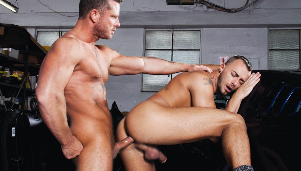 Body Shop XXX Video: Charlie Harding, Jessie Colter Caucasian big ass big tits