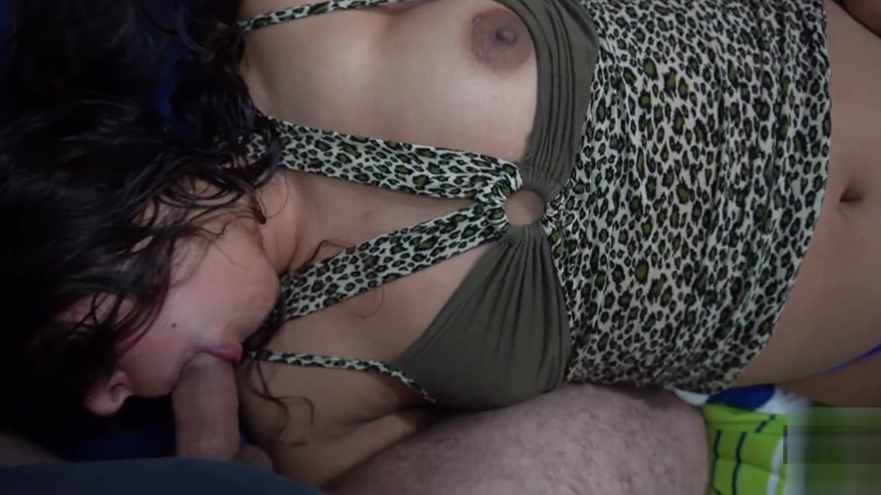 mi deliciosa hermanastra llegó borracha y la dejé embarazada. Anny Kitty passed out babe fuck