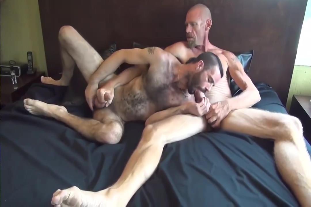 Tough guys and rough fuck bar free retro porn thumbs