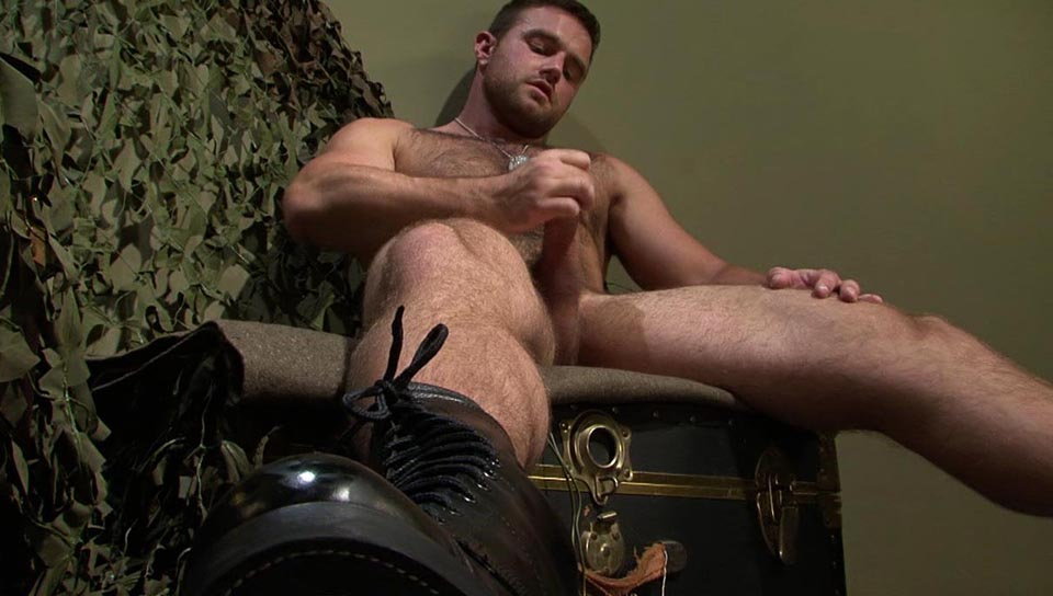 Man Up XXX Video: Heath Jordan Scrambled The Hot Zone Glitching