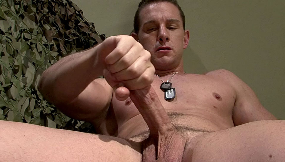 Fit For Service XXX Video: Luke Marcum Find a fuck in Calgary