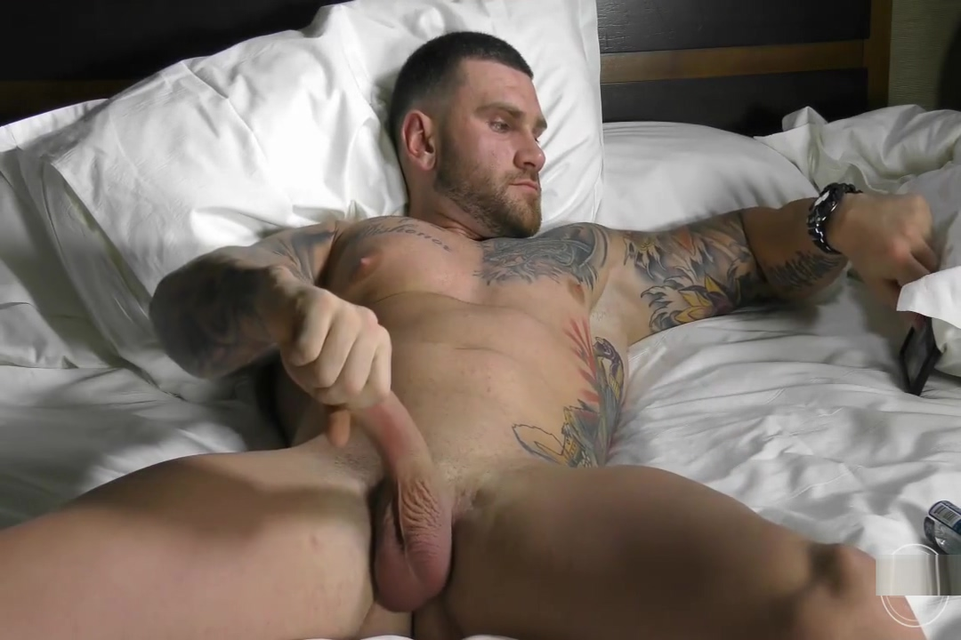 Tattooed Muscle stud shows off Amazing fisting of milf pussy