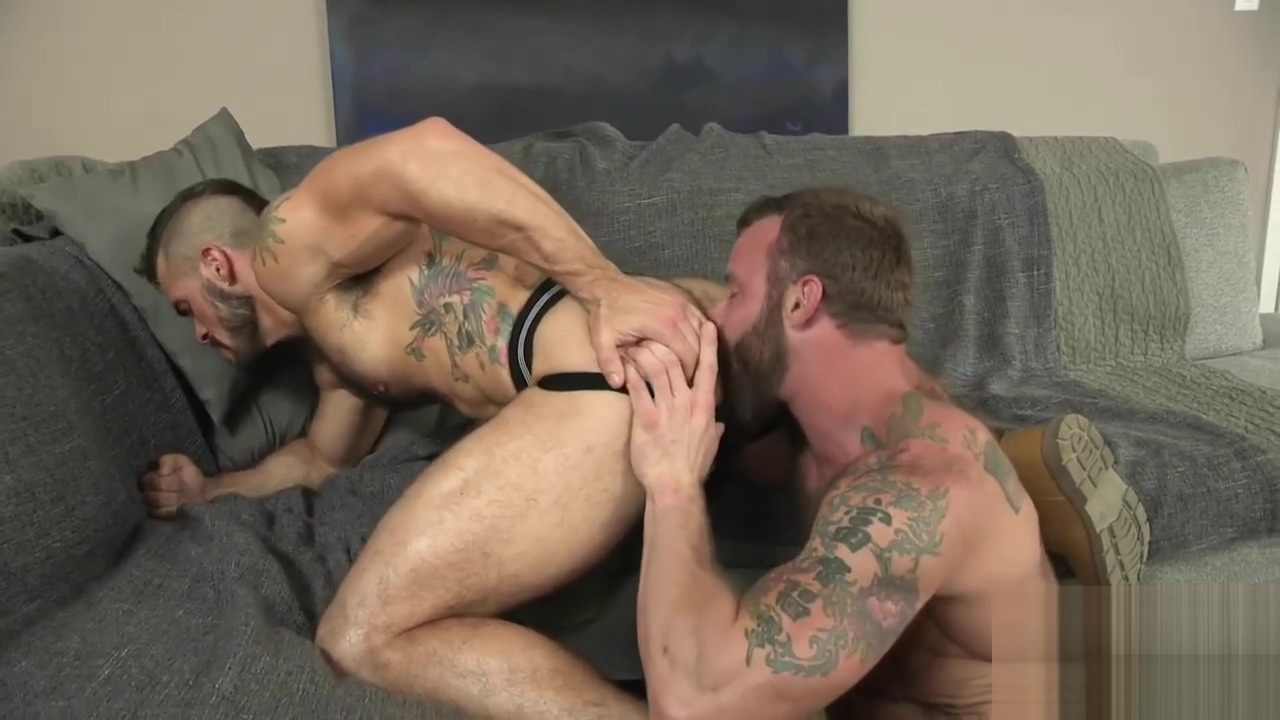 Muscle Studs Bareback Anal woman wait