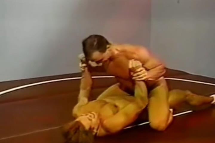 Submission Wrestling Chris Dano vs Bruce Hill lipstick make up fetish