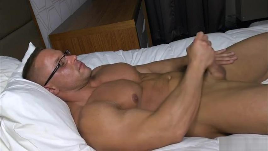 Big Muscle Gino del Vecchio Piper Perri Escort