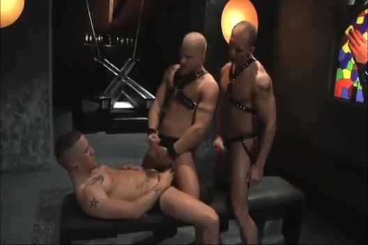 leather hunk blindfold gagged Waphan Com