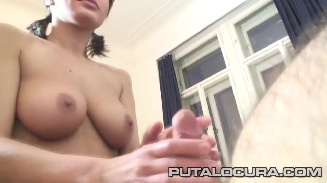 PUTA LOCURA Cute Czech has beautiful boobs reverse gang bang videos