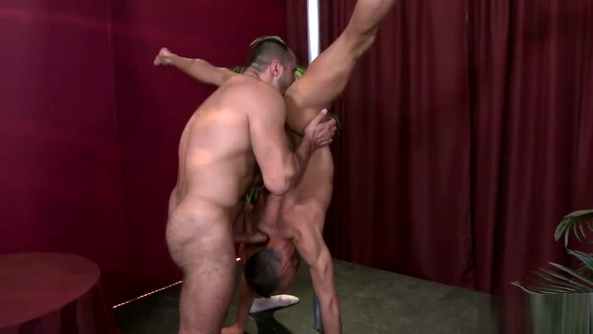 MEN - Arpad Miklos Kirk Cummings - Climbing that Pole - Str8 to Gay Sexy of sakura haruno fucking