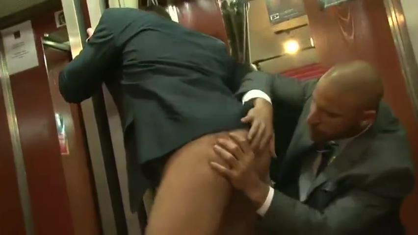 Ina porn shop Iowa sex affenders