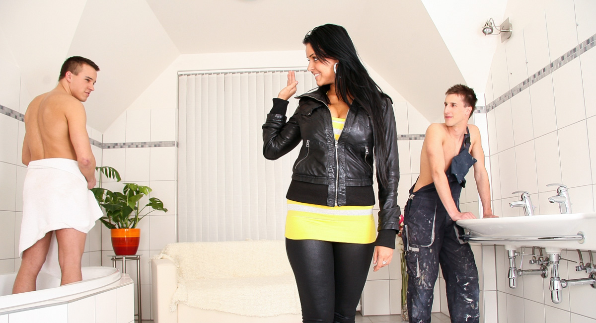 Ronnie Clark & Marcel in My Boyfriend Is Gay Video Great scenes of group sex with insolent Jyuri Kato