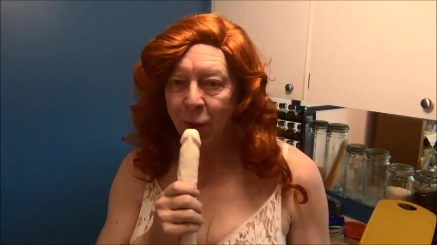 Naughty Gigi deep throating double dildos the best real amateur milf porn