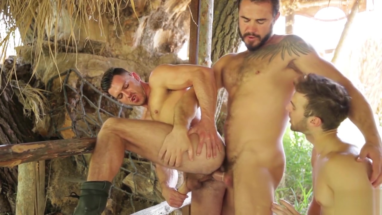 Howl Part 2 - Gabriel Clark, Jessy Ares Paddy OBrian Elite singles com