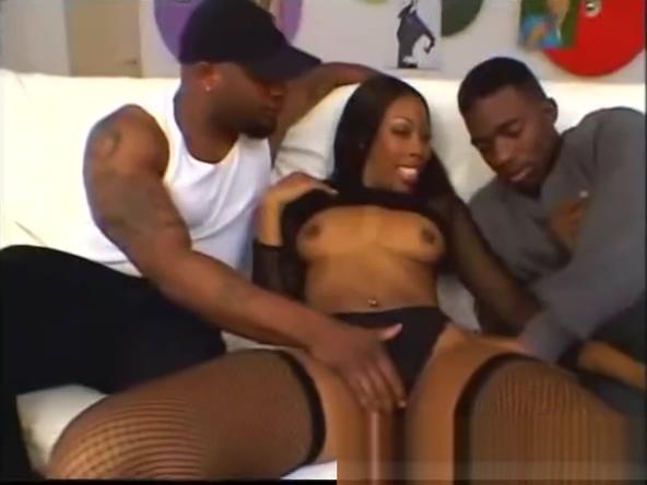 Ebony slut Ashley Foxxx gets dped eating pussy face sitting