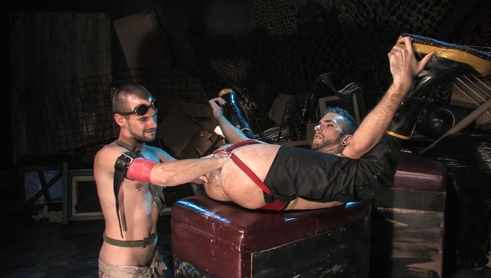 Fistpack 25 - Junkyard Fist Dogs featuring RJ Danvers Cumm dripping gaping assholes