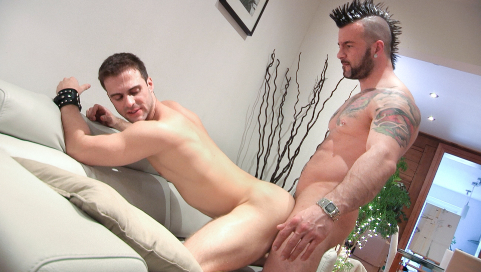 Manuel Deboxer & Gabriel Clark in Handyman XXX Video Kathy lee gifford fake nude