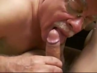 Moustache Daddy blowing 4 Guy sucking shemale cock