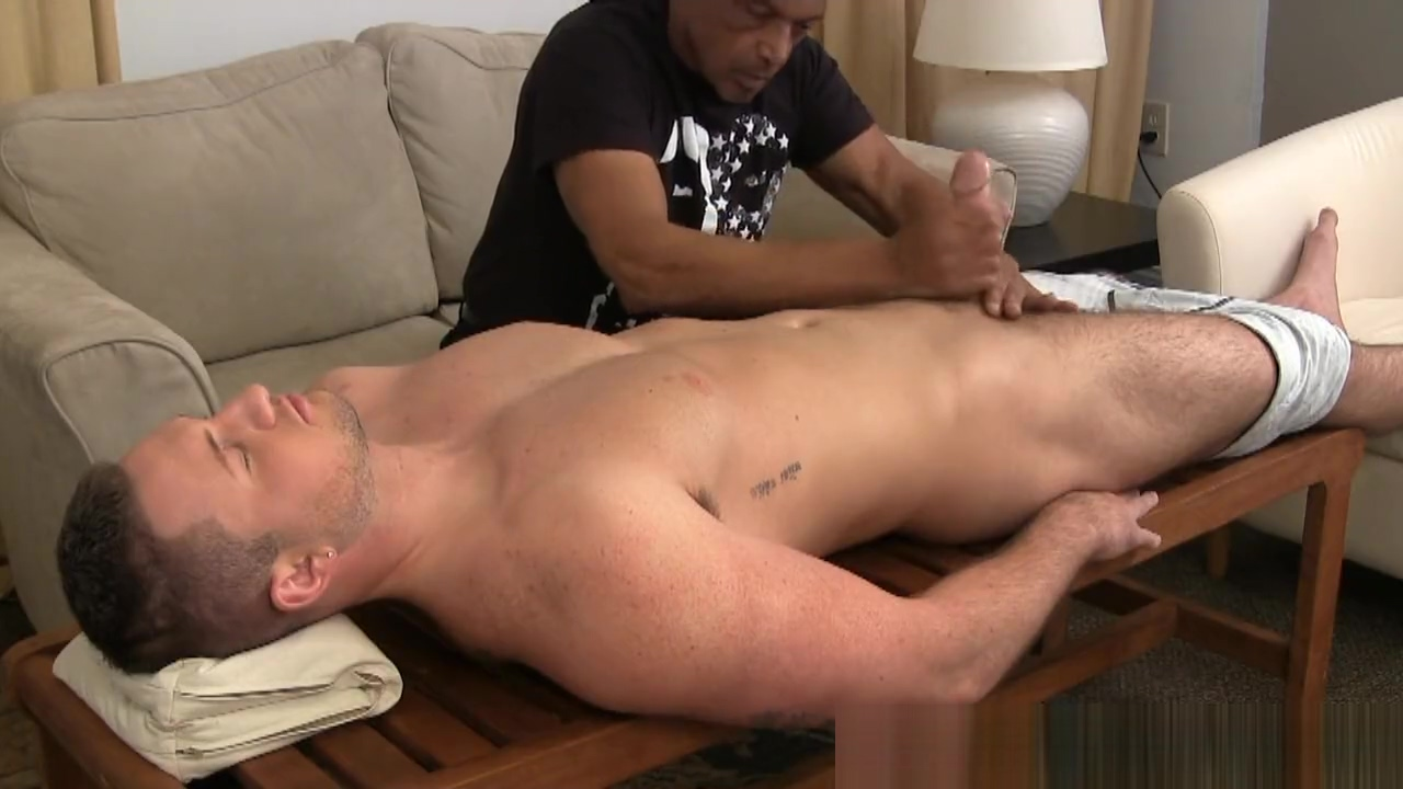 Beefy Straight Hunk Massage and Handjob Pussy censored