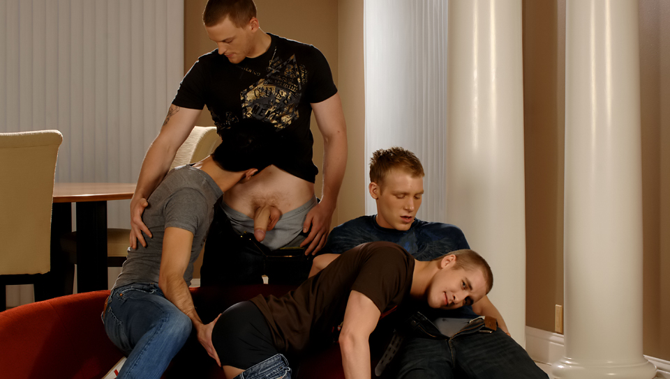 Mason Wyler & Jake Steel & David Stone & Brandon Bangs in Mason Wyler, Jake Steel, Brandon Bangs & David Stone XXX Video Funny manchester united