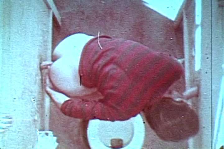 VintageGayLoops Video: Bathroom Encounter Foreskin Gump 1994