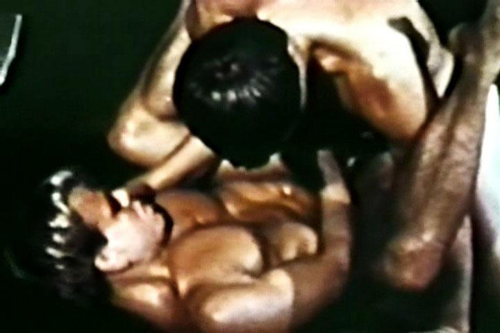 VintageGayLoops Video: Seedy Basement Pron cam