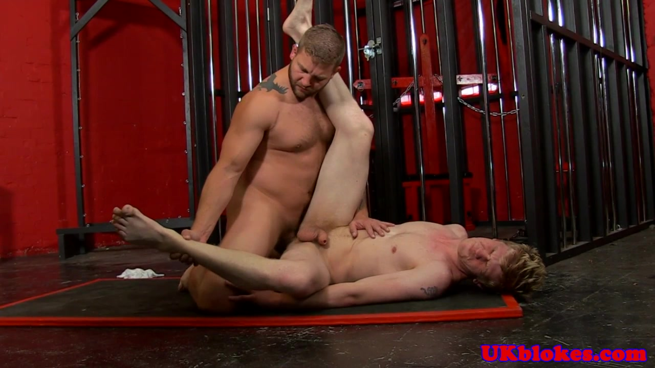 British muscle assfucking tight bottom Furry delcatty porn