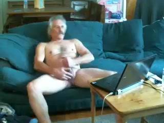 MORE DAD SHOW HOW HE FUCK W HOT CUM Redtub horny threesome